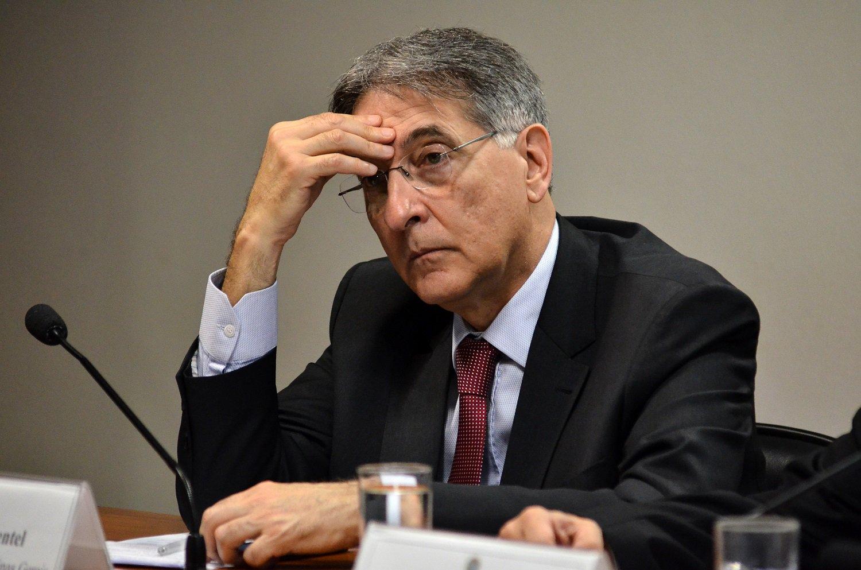 SERVIDORES PÚBLICOS – Governo de MG quita primeira parcela dos salários atrasados