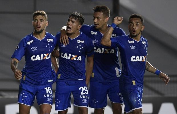 Havia muita expectativa sobre a estreia do Cruzeiro na Libertadores. Só que  no primeiro embate o time de Mano não passou no teste. Na noite de ontem 75bd0b56f5481