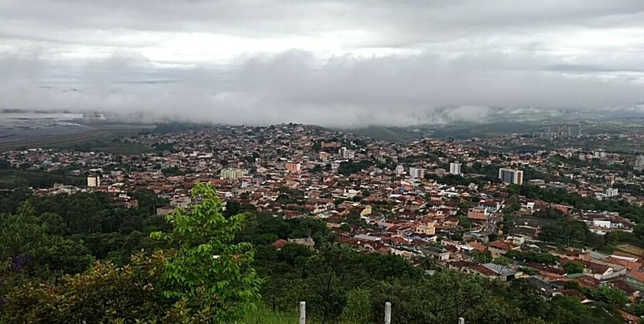 Minas tem previsão de mais chuva e possibilidade de granizo por toda a semana