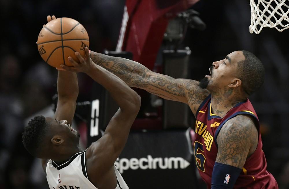 BASQUETE – Quem vai ser o braço direito de LeBron James na decisão da NBA? – Via Comercial