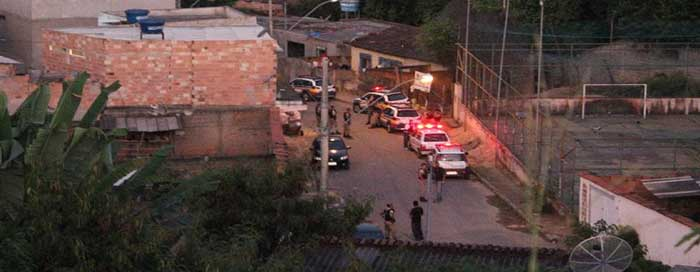 PM apreende grande quantidade de drogas e prende traficantes em Itabira