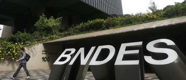 BNDES publica lista de 50 maiores tomadores de recursos; Petrobras lidera