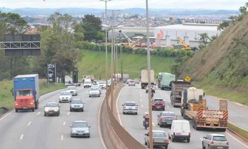 BH – Anel Rodoviário será fechado neste domingo para instalação de passarela; veja desvios