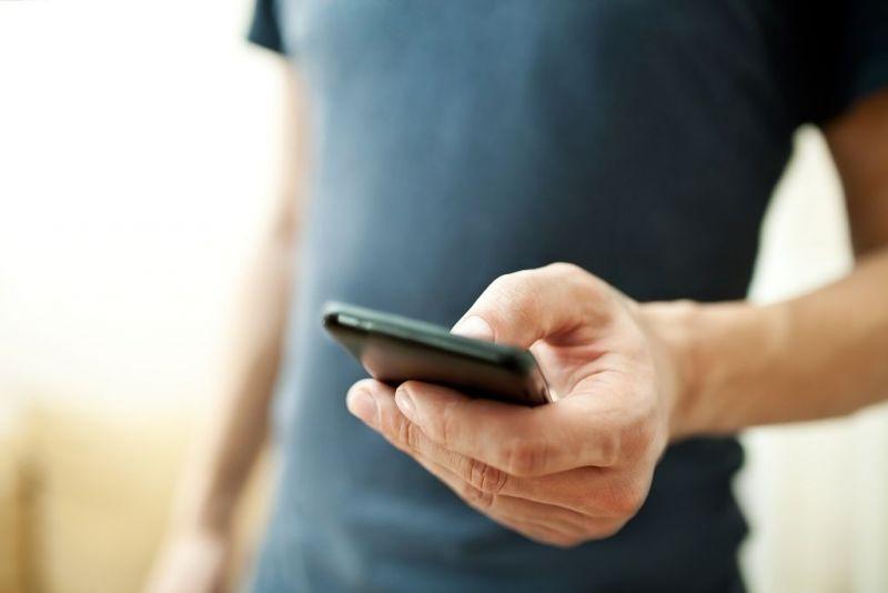 Adolescente de 14 anos é agredido até a morte por causa de roubo de celular