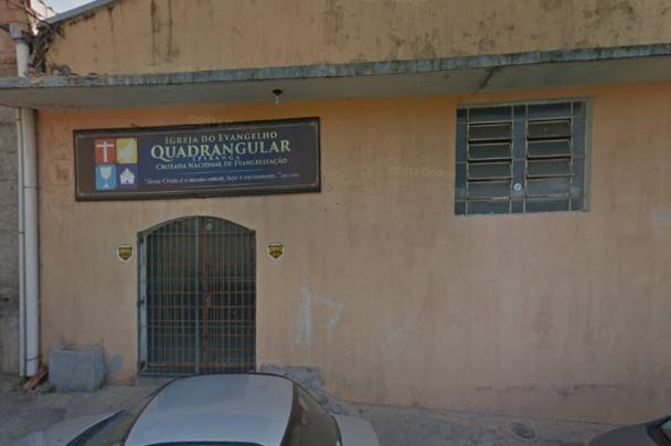 Integrante de igreja evangélica coloca foto na própria igreja em Belo Horizonte