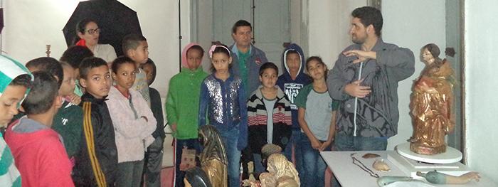Alunos de Catas Altas acompanham restauração de artes sacras no projeto de Educação patrimonial