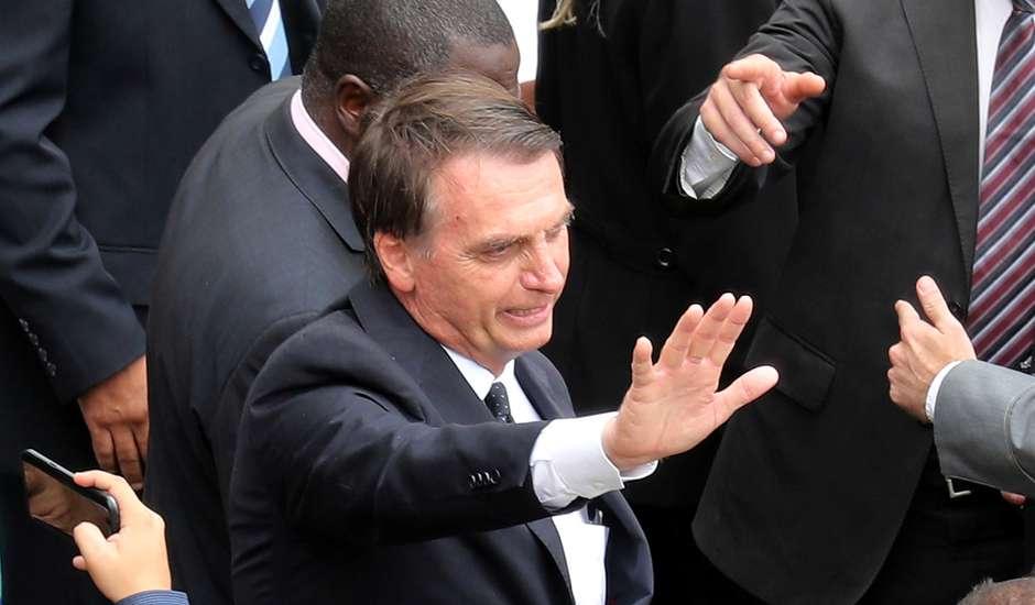 FUTURO PRESIDENTE – O País não será mais 'galinha dos ovos de ouro', diz Bolsonaro