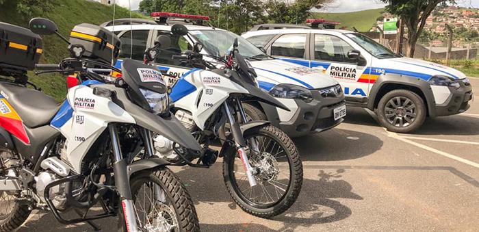 TRABALHO EM CONJUNTO – Prefeitura e Câmara entregam novas viaturas para o 26º Batalhão da PMMG