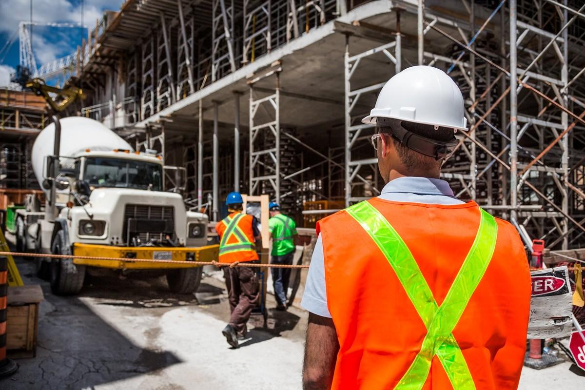 MERCADO DE TRABALHO – Brasil registra queda no número de empregos, revela pesquisa
