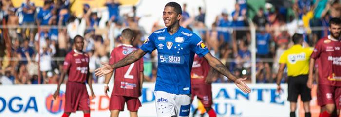 Após dois gols na estreia do Mineiro, Raniel diz estar maduro para atuar no Cruzeiro