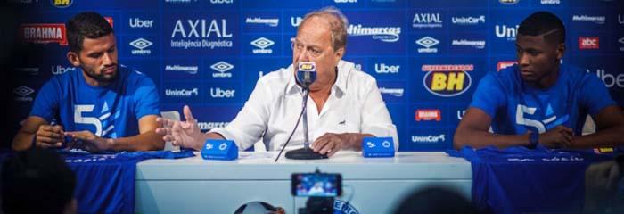 57fa275e82 Presidente do Cruzeiro garante que clube está perto de fechar com patrocinador  máster – Via Comercial