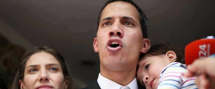 """VENEZUELA – Guaidó diz que ajuda humanitária """"está nas mãos"""" dos militares"""