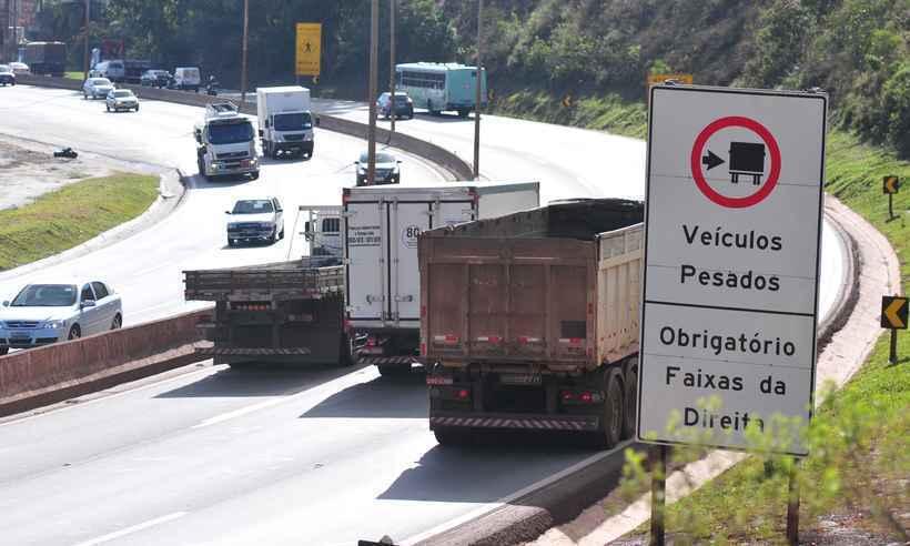 Caminhoneiros se mobilizam para realizar nova paralisação nacional