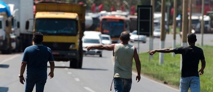 Governo Bolsonaro acompanha mobilização para nova paralisação de caminhoneiros