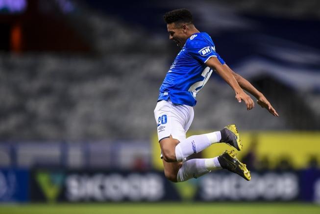 MINEIRO – Cruzeiro passa à semifinal do Mineiro com goleada de 5 a 0 sobre o Patrocinense