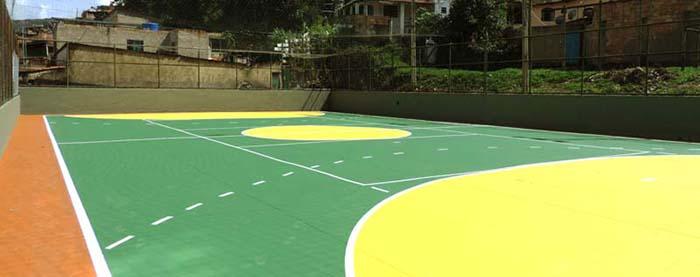 Prefeitura revitaliza quadras dos bairros Machado e Santa Tereza