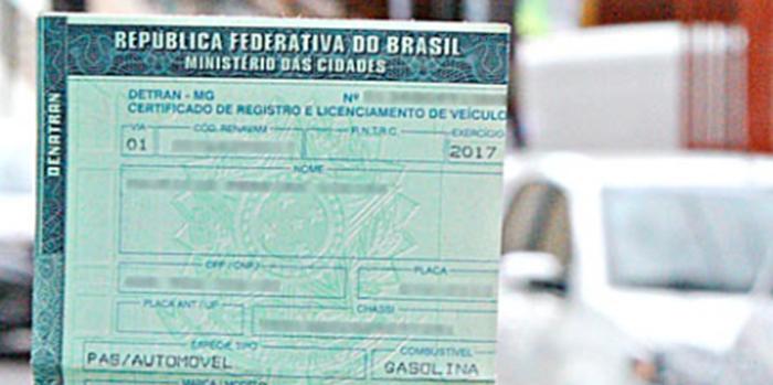 Mais de 3,3 milhões de carros estão irregulares a dez dias para exigência do licenciamento
