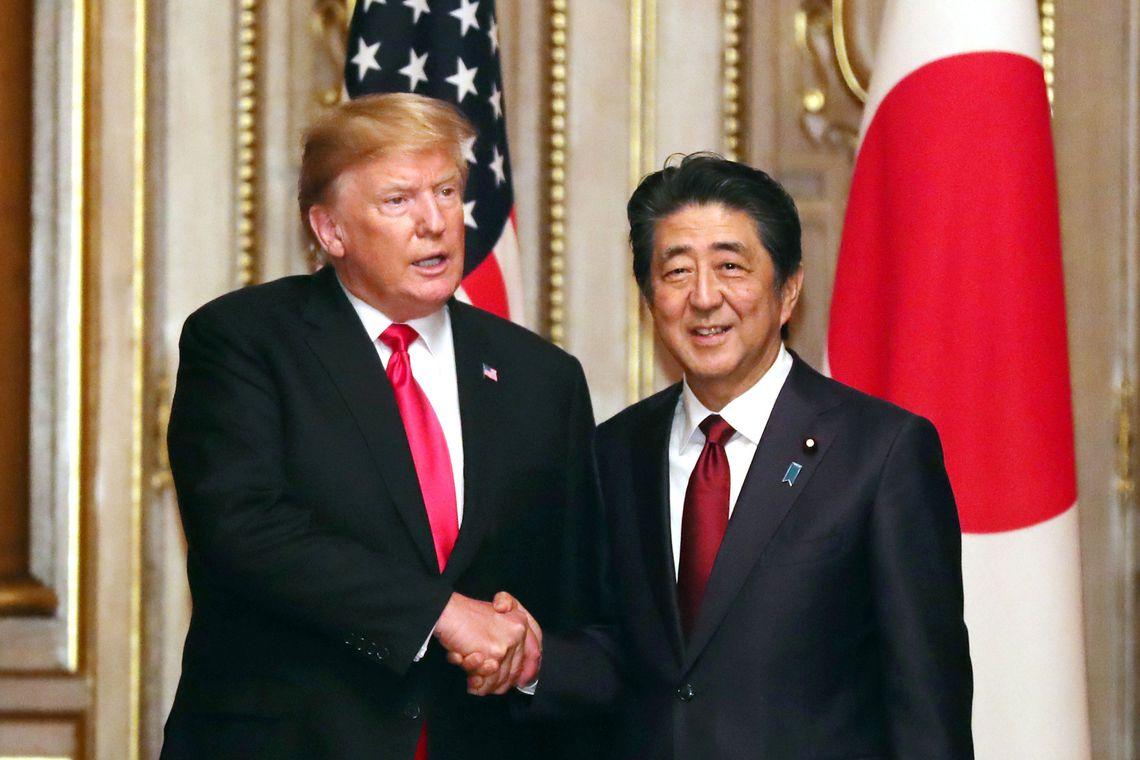 Trump se reúne em Tóquio com premiê japonês