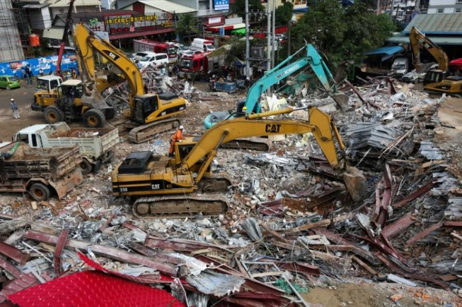No Camboja, 18 operários morrem e 24 ficam feridos em queda de prédio