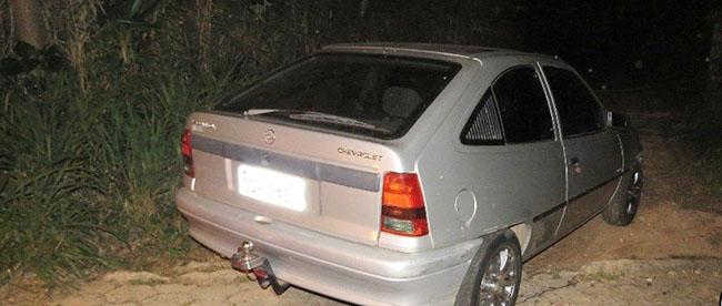 ITABIRA – PM localiza veículo furtado na Pontes dos Machados