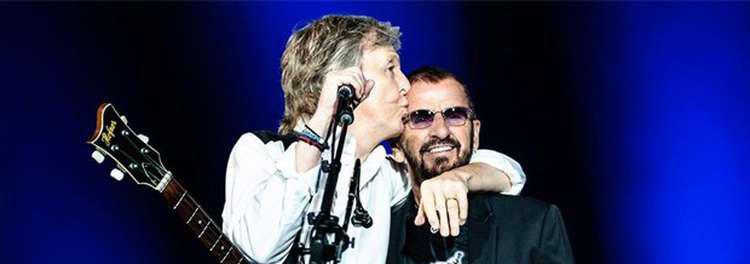 Veja como foi o reencontro de Paul McCartney e Ringo Starr no palco
